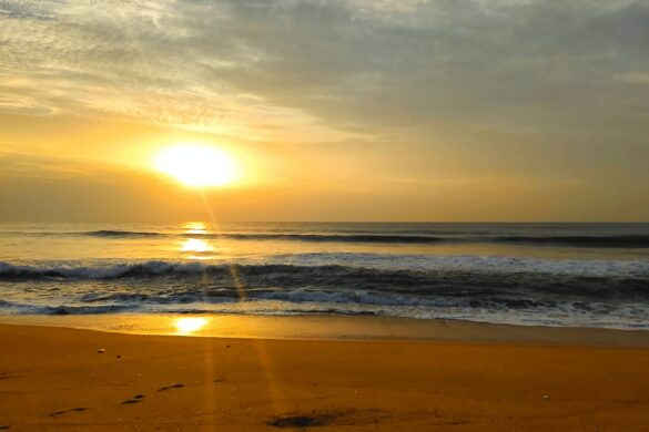 Experience beautiful sunrise from these sunrise points in Chennai, Tamil Nadu, India