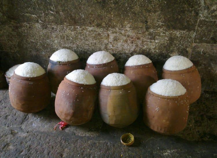 Built by Queen Chandrika, the Ananta-Vasudeva Temple in Bhubaneswar houses idols of Lord Balarama, Lord Krishna, & Subhadra.