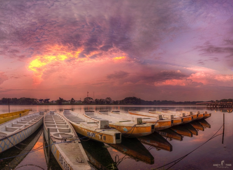 Chasing a early morning sunrise at Lower Seletar Reservoir Park spot famous for kayaking and dragon-boating enthusiasts.