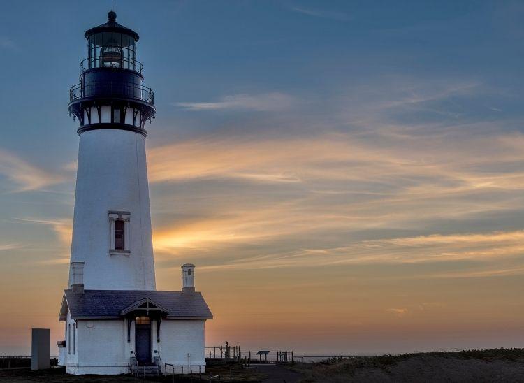 Day 3: Depoe Bay to Newport Lighthouse & Nye Beach | Oregon Coast Road Trip Route